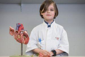 В Бельгии 8-летний мальчик поступает в университет
