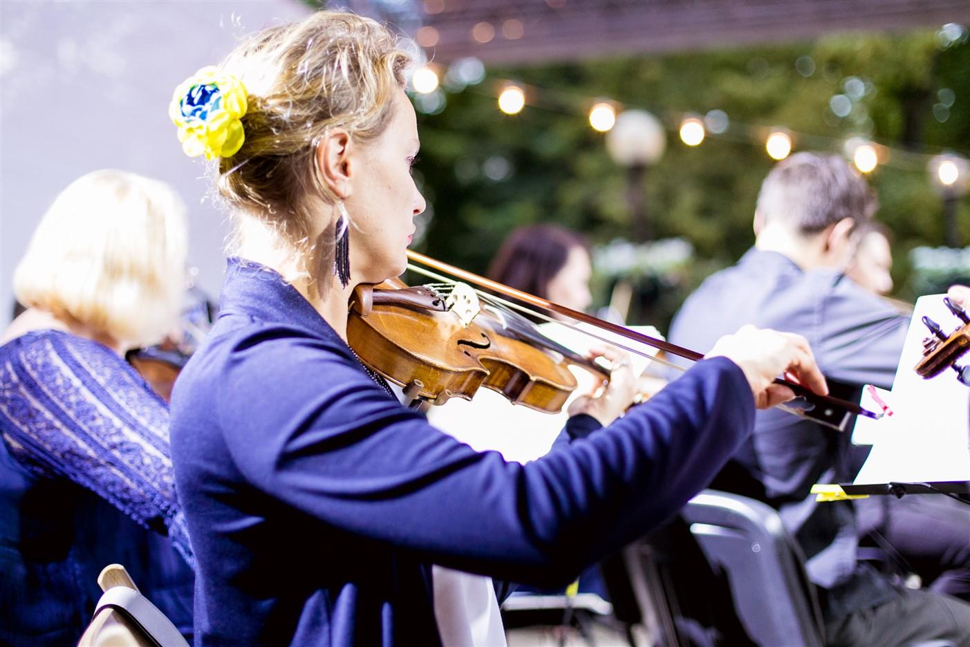 В Киеве слушали классику, несмотря на ливни