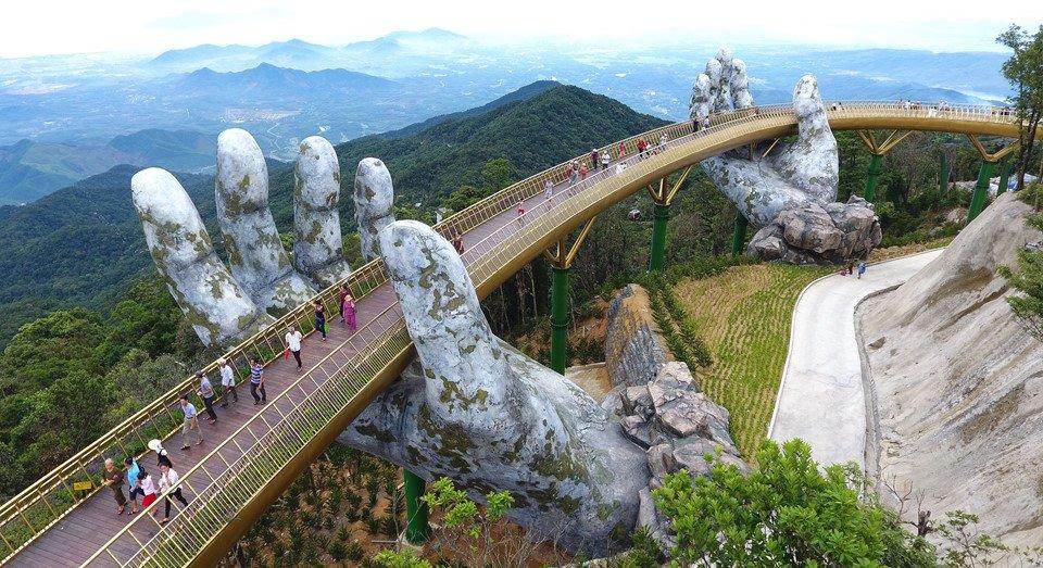 История вьетнамского моста, поразившего соцсети