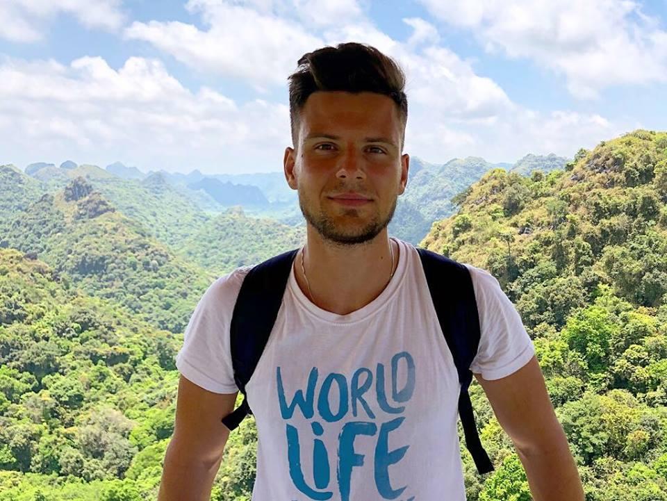 Бесплатные путешествия и зарплата 2500 евро: интервью с украинцем, который получил работу мечты.Вокруг Света. Украина