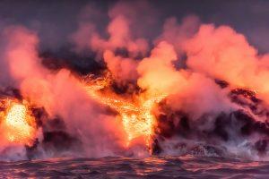 Американский фотограф поделился снимками извержения на Гавайях
