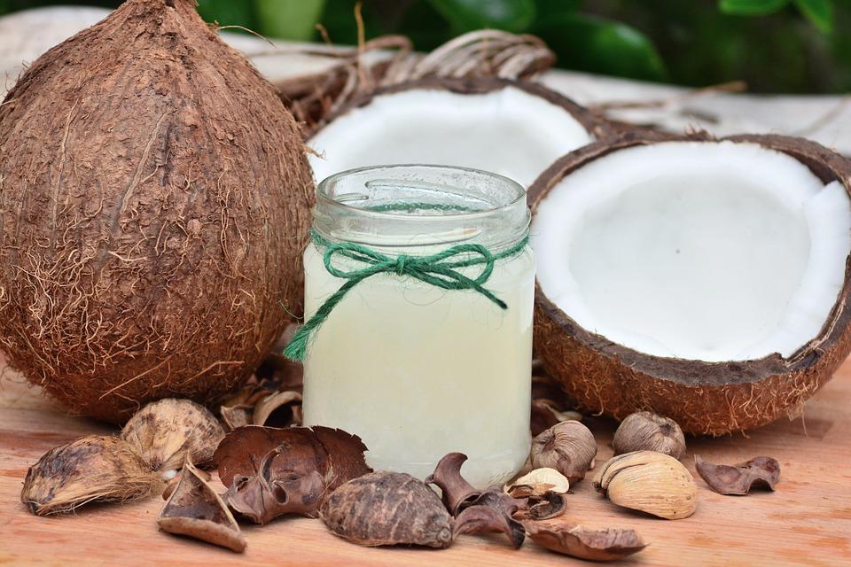 Профессор Гарварда назвала кокосовое масло ядом