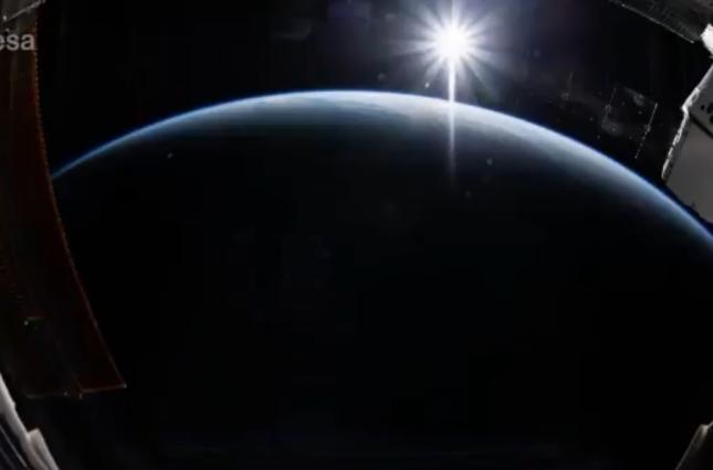 Астронавт опубликовал таймлапс рассветов с МКС