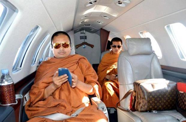 Буддийский монах получил 114 лет тюрьмы за роскошь