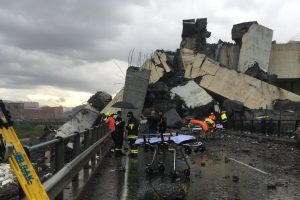 В Италии растет число жертв обрушения моста