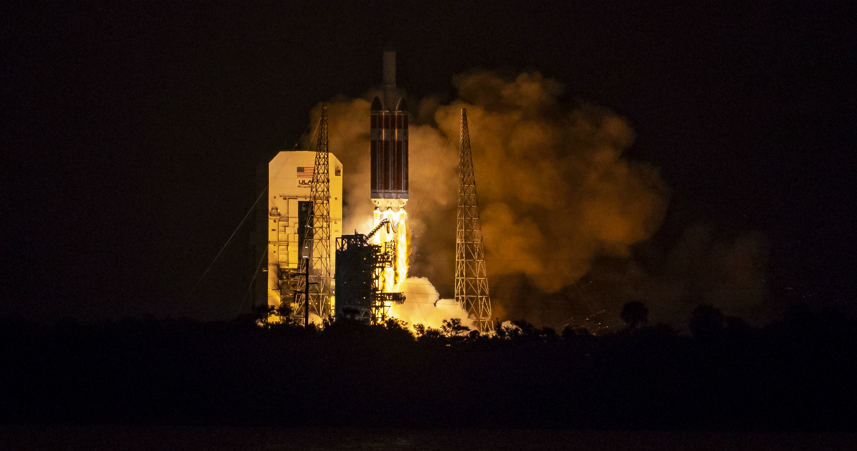 NASA запустило зонд к Солнцу