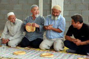 Исламский мир отмечает Курбан-Байрам: яркие фото