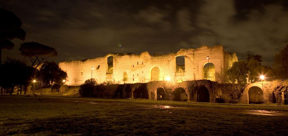 В термах императора Каракаллы разрешили гулять ночью