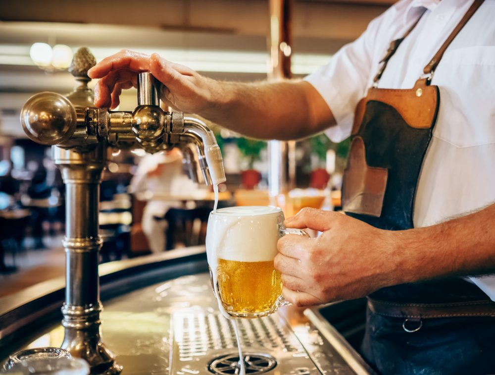 В Праге борются с загрязнением воздуха с помощью пива