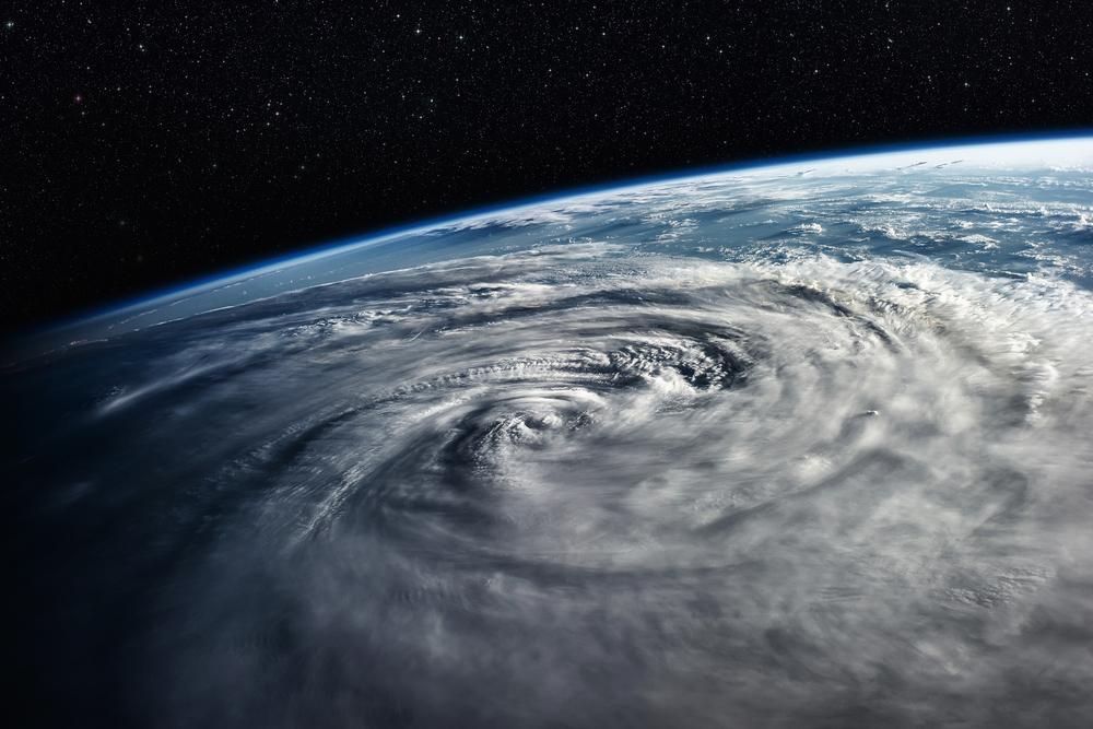 На Японию и Гавайи надвигаются разрушительные тайфуны