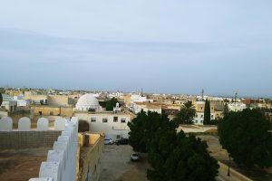 Туніс: «вільні люди» бербери, захід сонця в Сахарі та два Карфагени