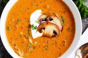 Кухни мира: венгерский суп с лесными грибами