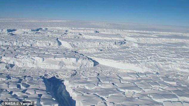 Таяние ледников в Антарктиде ученые остановят гигантскими стенами.Вокруг Света. Украина