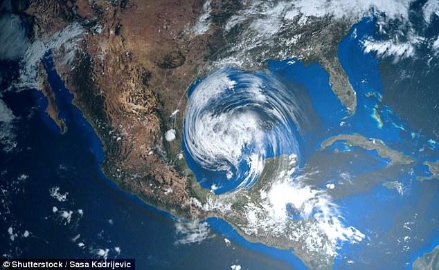 Энергия 10 атомных бомб: 20 удивительных фактов об ураганах.Вокруг Света. Украина