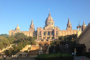Лучшие парки Барселоны для семейных прогулок с детьми
