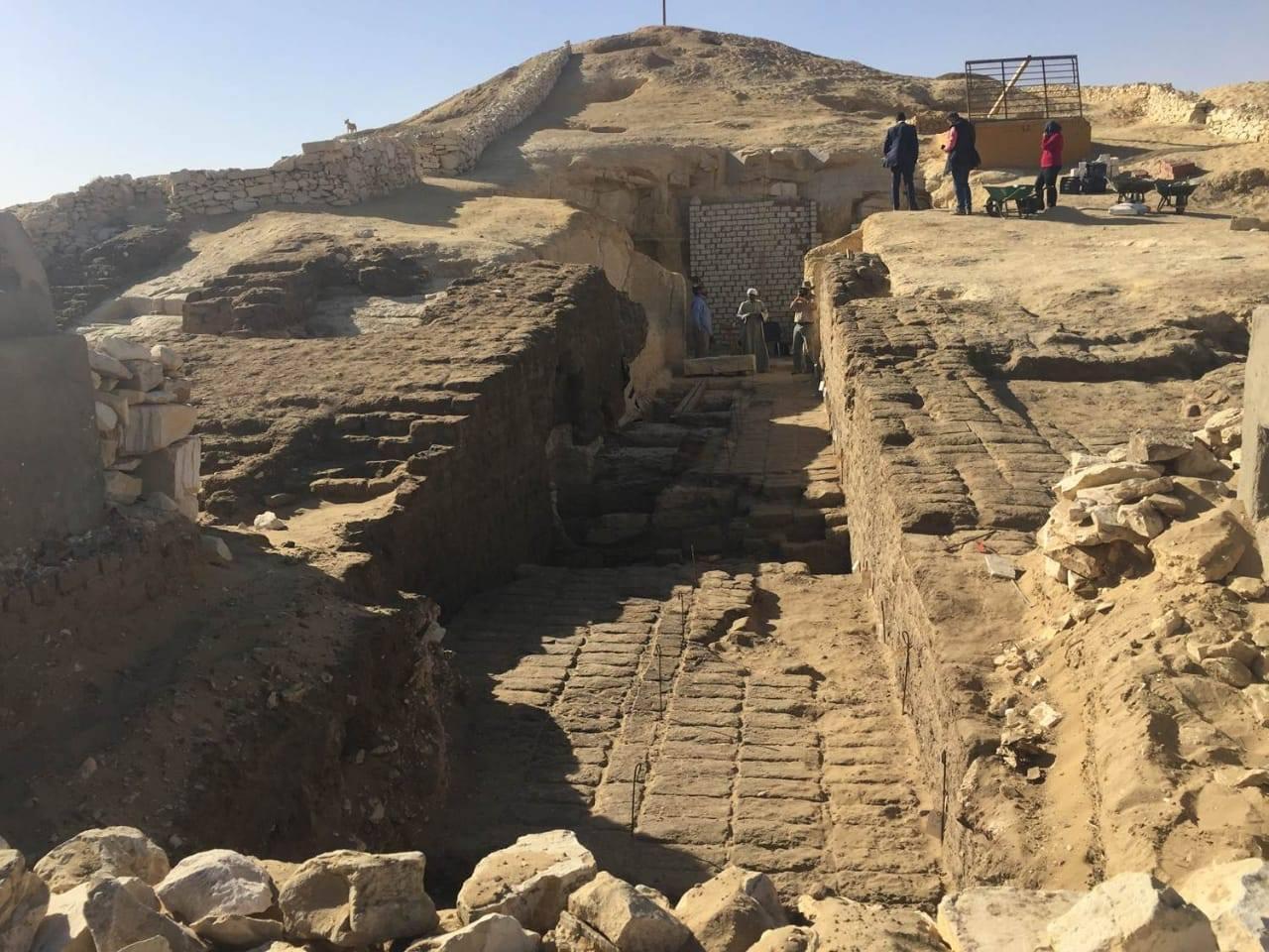 Древний Египет: археологи нашли 800 захоронений возрастом 4000 лет