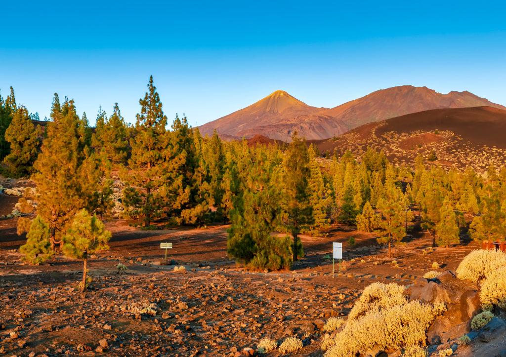 Бархатный сезон: 3 места в Европе, куда стоит поехать этой осенью