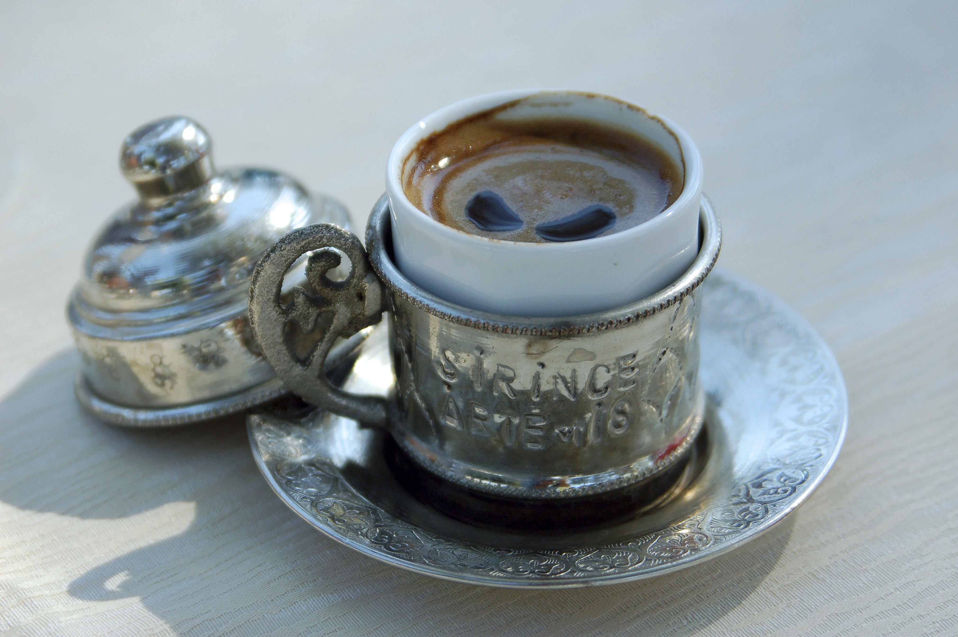 Венский, турецкий, американо: как готовят и пьют кофе в разных странах мира Венский, турецкий, американо: как готовят и пьют кофе в разных странах мира GettyImages 179806416