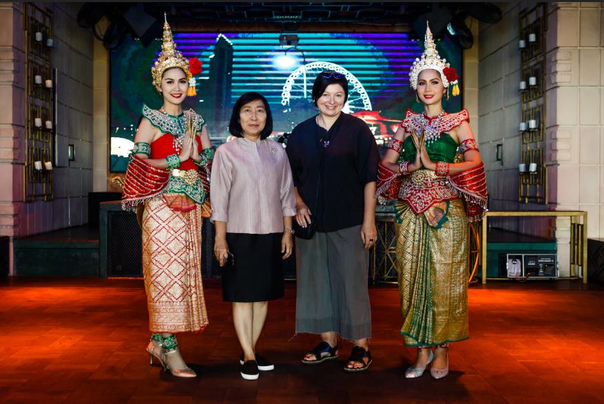 На UFW показали коллекцию, вдохновленную тайской культурой и пейзажами
