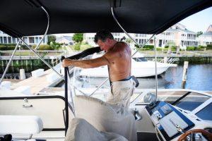 Яхтсмен из Северной Каролины пережил ураган