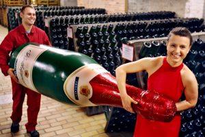 Французы создали шампанское для космических путешественников