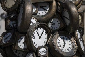 Когда в Украине переведут часы на зимнее время