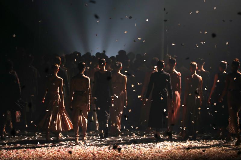 Балет Dior и театр Gucci: драматическое начало Парижской Недели моды