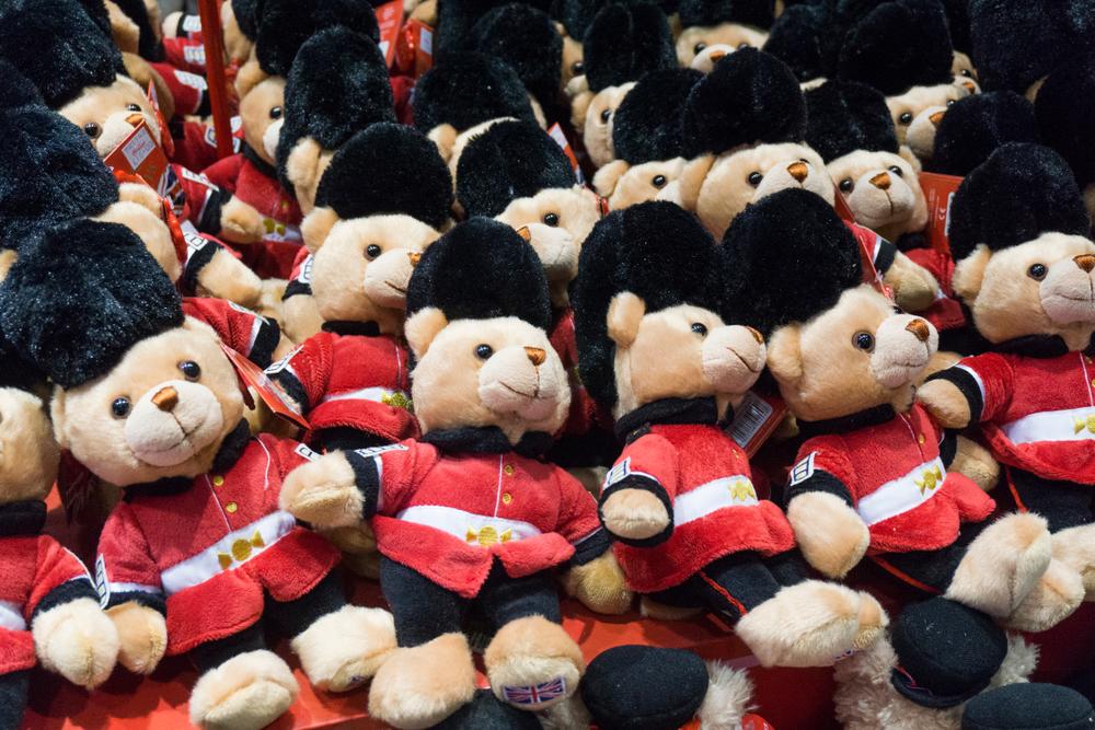 старейший в мире магазин игрушек В моде несовершенство: старейший в мире магазин игрушек сделал прогноз к Рождеству shutterstock 1091939498