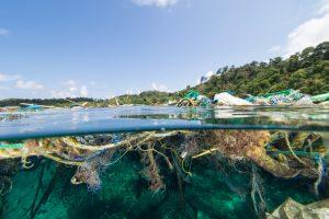 Невидимая проблема: ученые нашли еще два мусорных пятна на дне океана