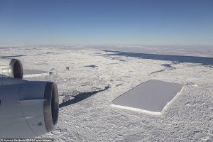 NASA обнаружило второй прямоугольный айсберг в Антарктике