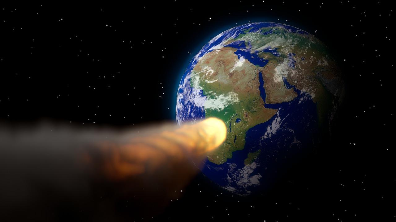 К Земле движется астероид размером с колесо обозрения в Лондоне