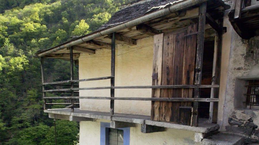 В Швейцарии целая деревня может стать отелем В Швейцарии целая деревня может стать отелем http 2F2Fcdn