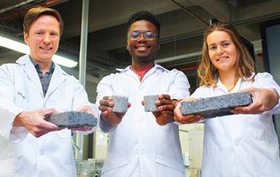 В Африке создали первый в мире кирпич из мочи