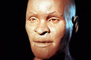 В руинах сгоревшего музея в Рио нашли самый ценный экспонат