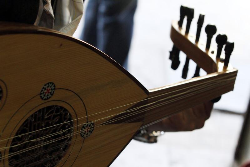 Суд в Саудовской Аравии запретил женщине выходить замуж за музыканта.Вокруг Света. Украина