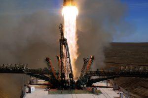 Авария Союза-10: экипаж МКС застрял в космосе