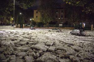 Рим сковало льдом