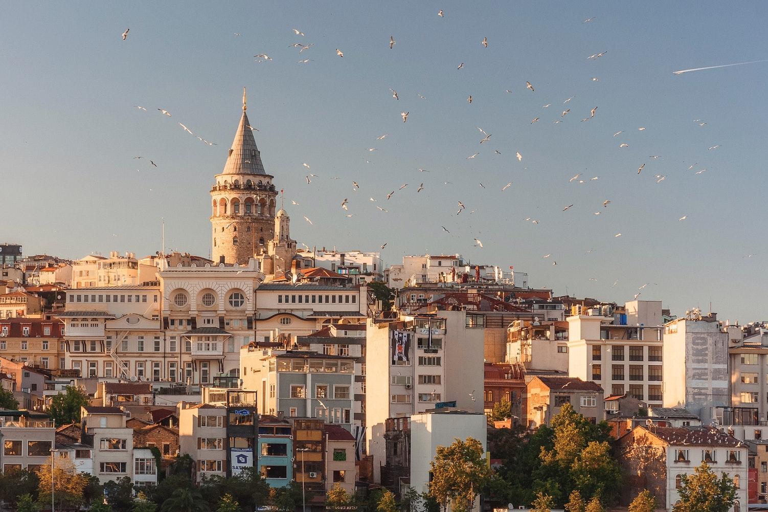 Столиця Середзем'я: як спланувати подорож соло у Стамбул