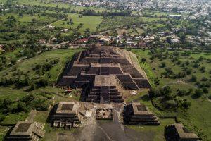 Археологи объяснили назначение подземного тоннеля под пирамидой Луны в Мексике