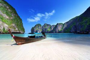 В Таиланде закрыли знаменитый пляж Леонардо Ди Каприо