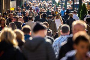 Жизнь в большом городе делает людей злыми: ученые