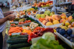 Жителям Земли грозит дефицит фруктов и овощей