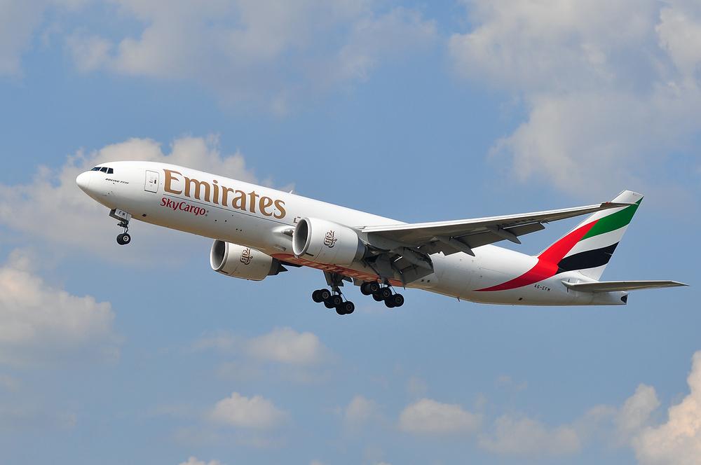 Бортпроводник Emirates украл $5000 у пассажиров бизнес-класса