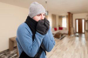 Почему при одинаковой температуре осенью мы мерзнем больше, чем весной?