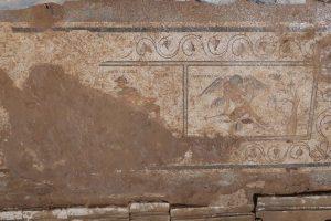 В Турции нашли древнеримский туалет с непристойными мозаиками