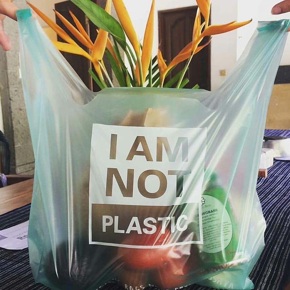 Пакеты, зубные щетки, посуда: чем заменить пластик в быту.Вокруг Света. Украина