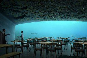 В первом подводном ресторане Европы столики забронированы на полгода вперед