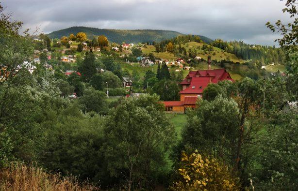 Ворохта Неделя в Ворохте: что делать в Карпатах осенью Foto 3 614x395