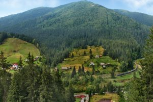 Неделя в Ворохте: что делать в Карпатах осенью