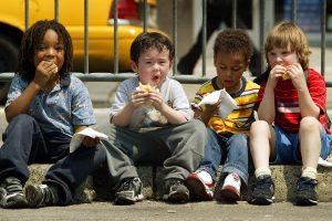 Всемирный день ребенка: в каких условиях живут дети по всему миру